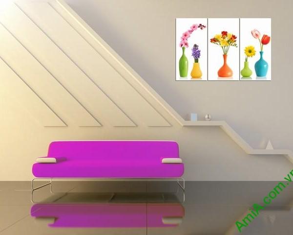 Hình ảnh tranh bình hoa đẹp treo phòng khách, cầu thang