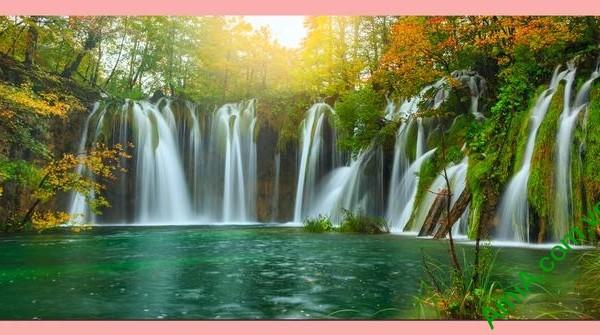Tranh treo tường thác nước đẹp có khổ lớn
