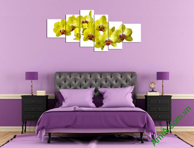 Tranh ghép nhiều tấm hoa lan vàng treo phòng ngủ