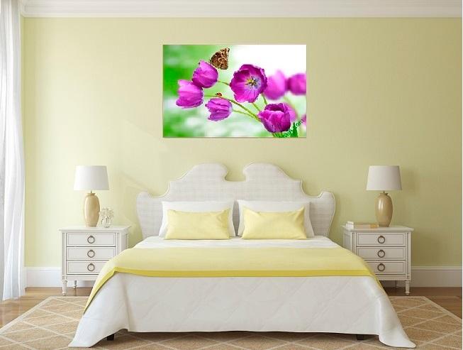 Tranh treo phòng ngủ đẹp với mẫu tranh hoa tím