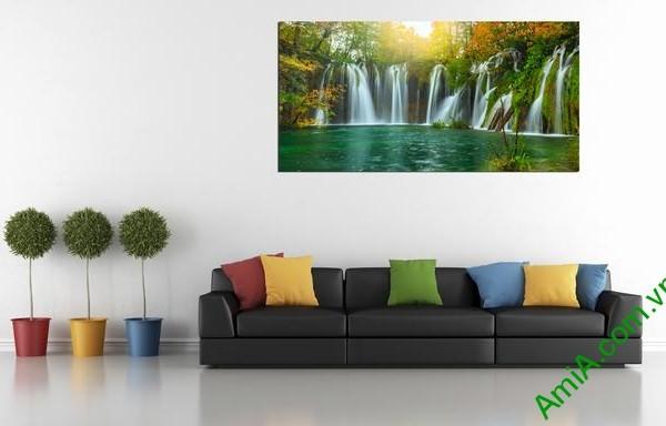Mẫu tranh treo tường phong cảnh thác nước
