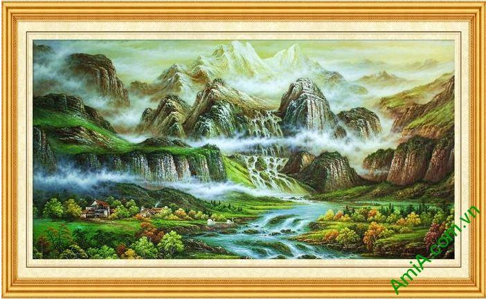 tranh son thuy treo phong khach hung vi