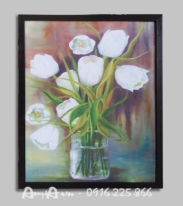 Hinh anh tranh binh hoa tulip trang in vai canvas amia 4127