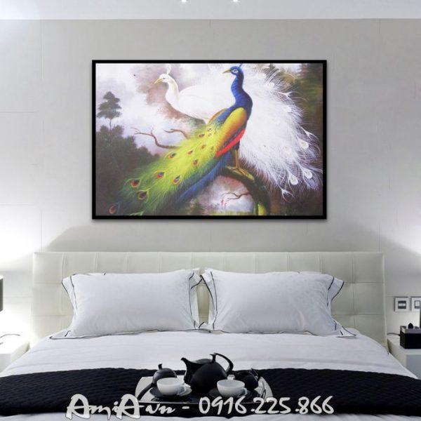 tranh treo phong ngu in canvas doi chim cong