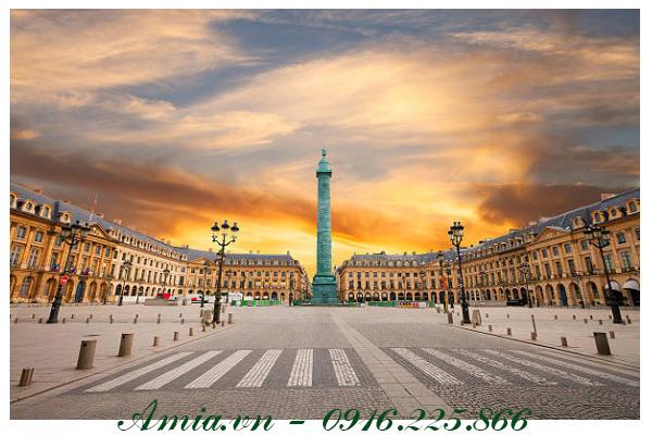 tranh phong canh paris quang truong luc hoang hon