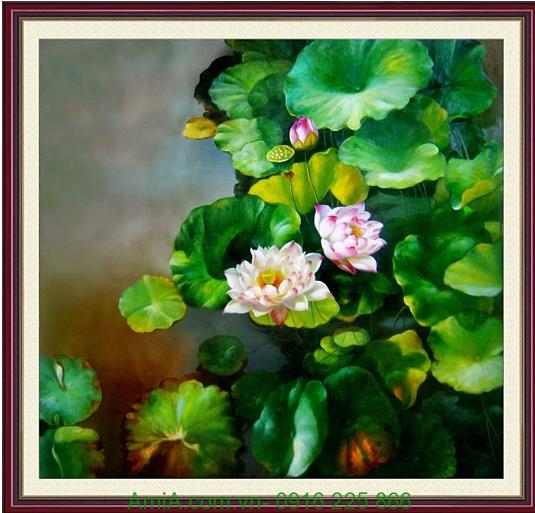 tranh hoa sen trang giua long ho