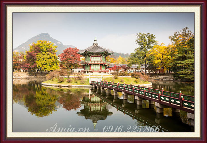 tranh phong canh han quoc cung dien Gyeongbokgung vao mua thu