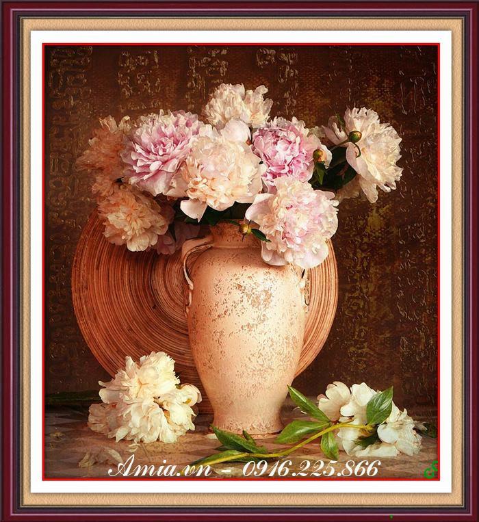 tranh treo phong khach binh hoa phong cach vintage