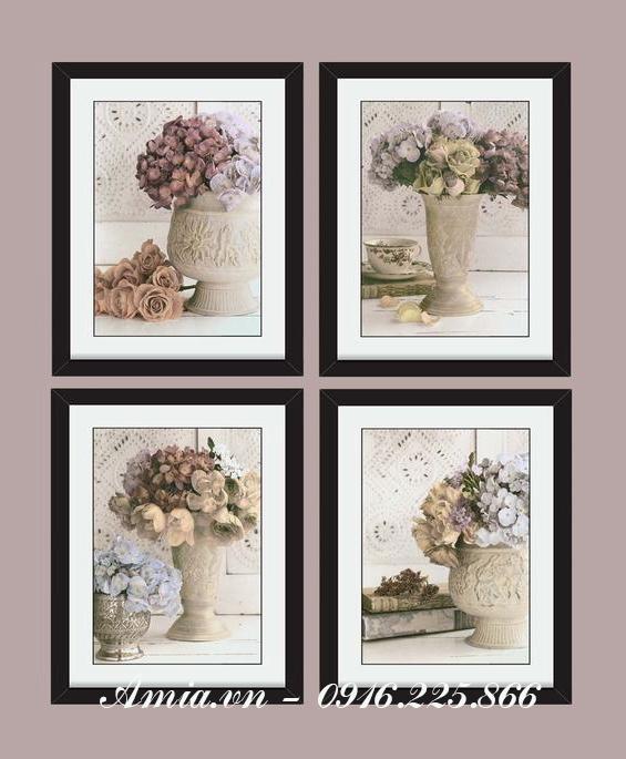 tranh treo tuong binh hoa hong vintage voi gam mau tram am