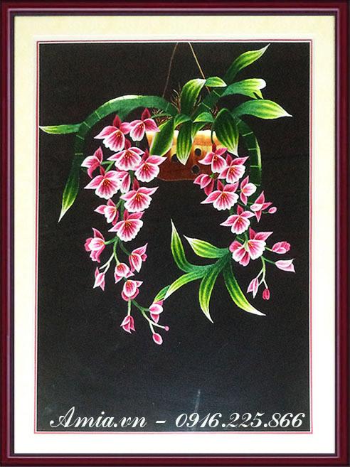 tranh theu hoa lan tim treo phong ngu