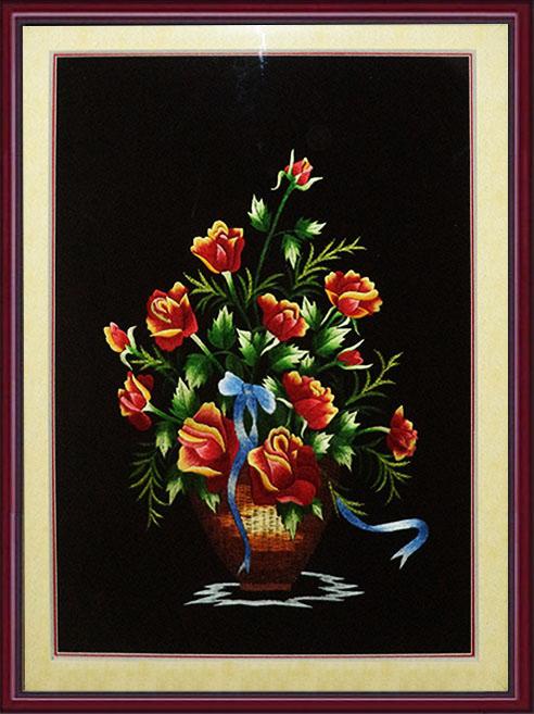 tranh theu treo phong ngu binh hoa hong