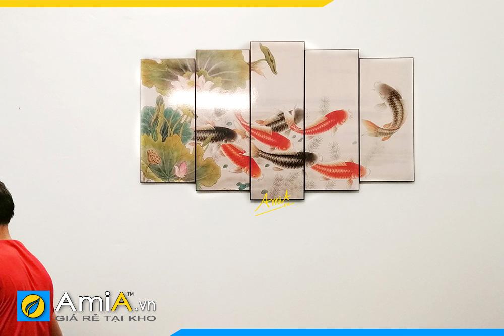 Hình ảnh Tranh cá chép treo tường đẹp ý nghĩa phong thủy AmiA 368