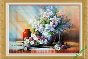 tranh dep treo phong khach binh hoa ly