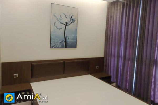 Hình ảnh thực tế mẫu tranh hoa treo tường phòng ngủ tại nhà khách hàng đẹp