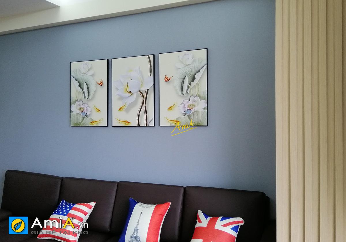 Hình ảnh Tranh cá chép hoa sen treo tường ghép bộ 3 tấm in vải canvas mã 1726
