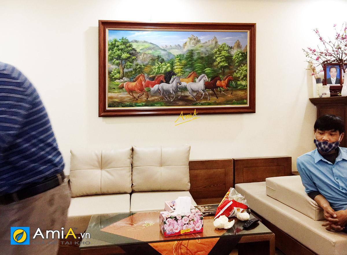 Hình ảnh Tranh treo phòng khách bát mã vẽ sơn dầu đẹp sang trọng