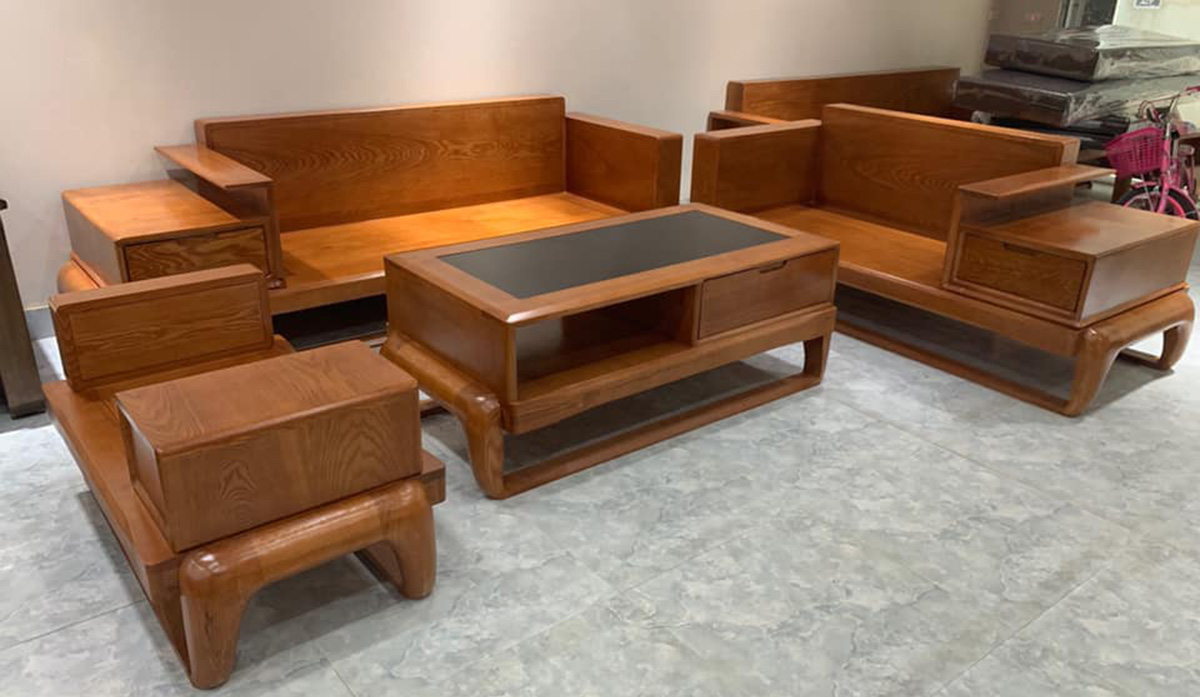 bàn ghế gỗ nguyên khối chưa có đệm lót