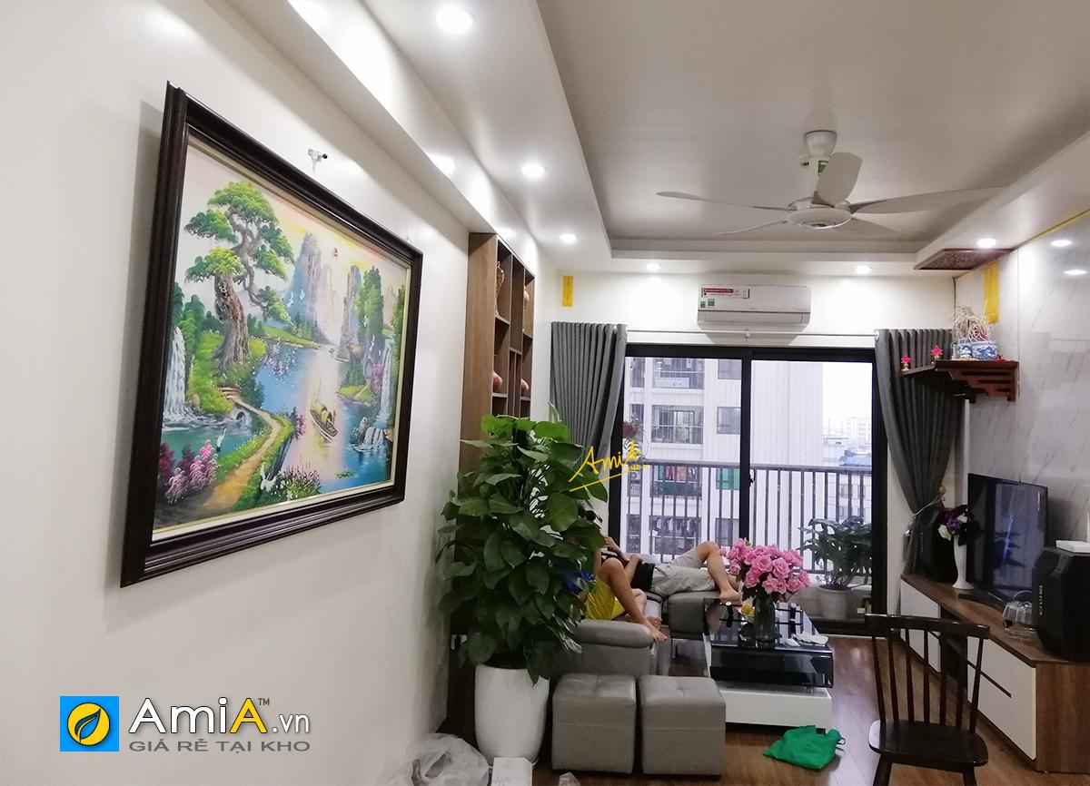 Hình ảnh Bức tranh sơn thủy hữu tình thuyền buồm vẽ sơn dầu treo nhà chung cư