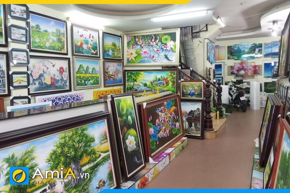cửa hàng tranh treo tường lớn