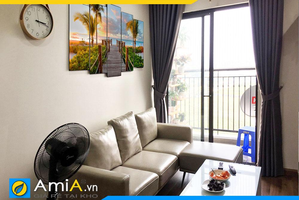Tranh đẹp treo tường phòng khách hiện đại. Mẫu tranh AmiA 1800 được trang trí vị trí phía trên bộ bàn ghế sofa đẹp.