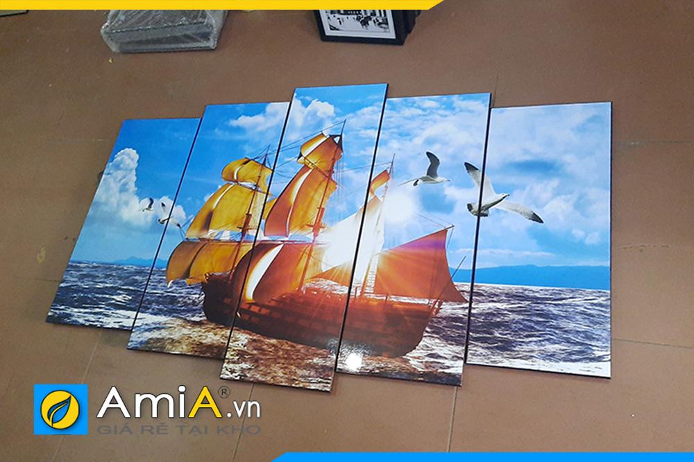 Mẫu tranh thuận buồm xuôi gió đẹp bán chạy nhất được AmiA chụp tại cửa hàng trước khi đóng gói đi treo cho khách hàng!