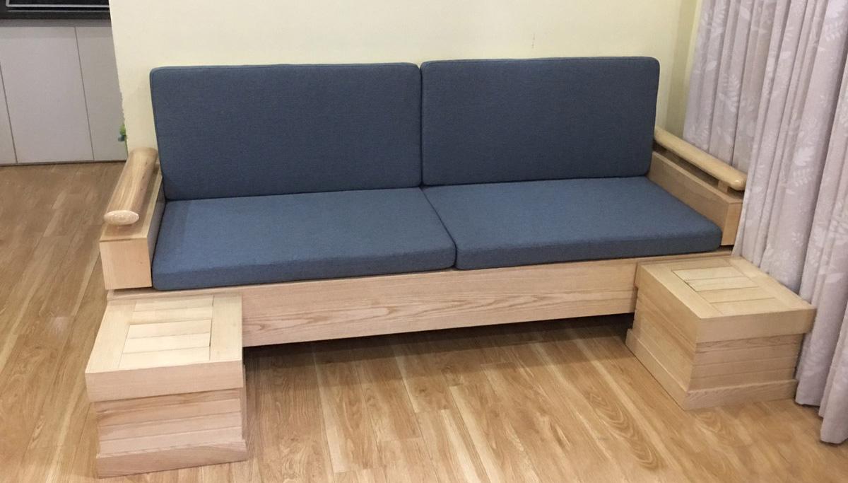 Sofa gỗ dạng văng mini nhỏ xinh 2 chỗ ngồi nệm nỉ màu xanh