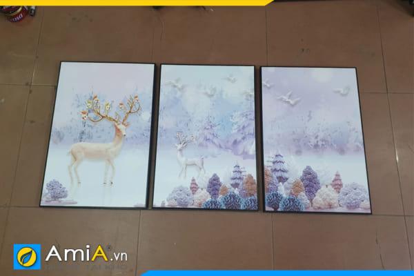 Tranh thực tế chụp tại cửa hàng AmiA trước khi giao cho khách