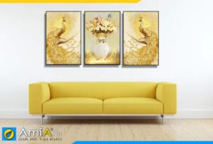 Tranh bình hoa và chim công vàng treo tường phòng khách hiện đại