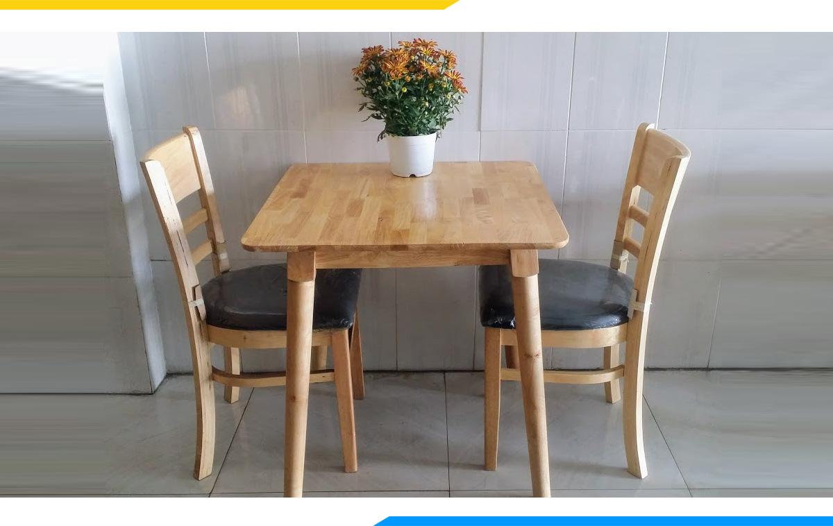 Hình ảnh Bàn ghế ăn cơm 2 chỗ hình vuông kiểu dáng hiện đại