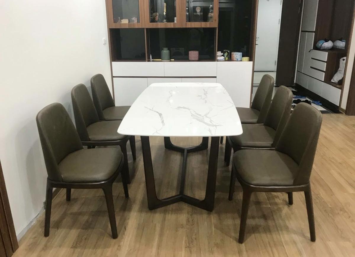 Hình ảnh Bàn ghế ăn mặt đá ghế bọc da đẹp cho gia đình 6 người