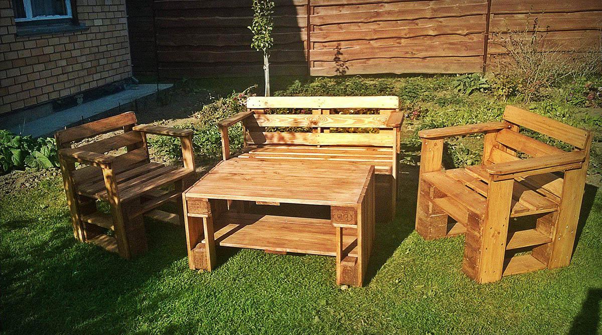 sofa gỗ thông