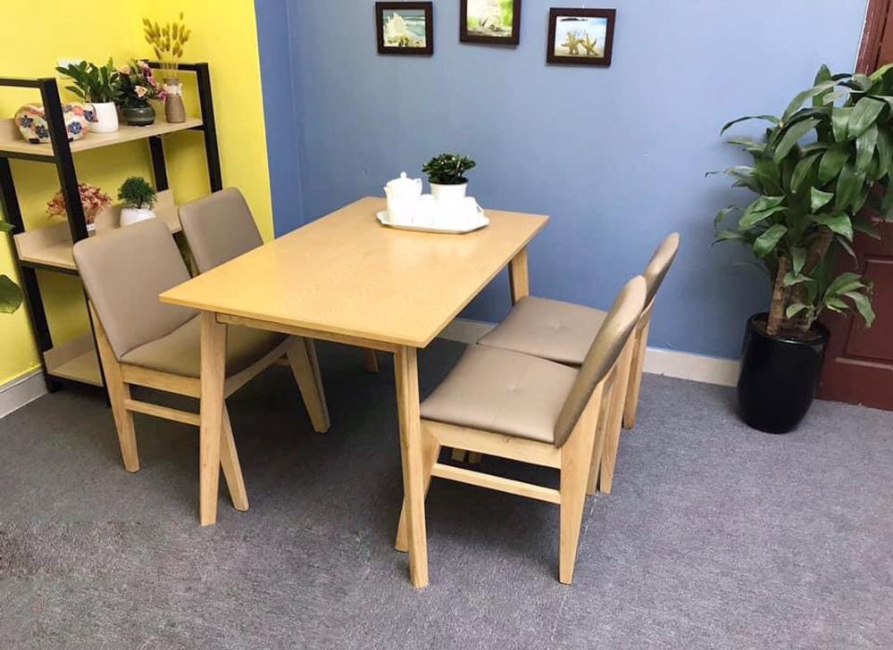 Hình ảnh Bộ bàn ăn 4 ghế nhỏ gọn cho phòng ăn nhỏ