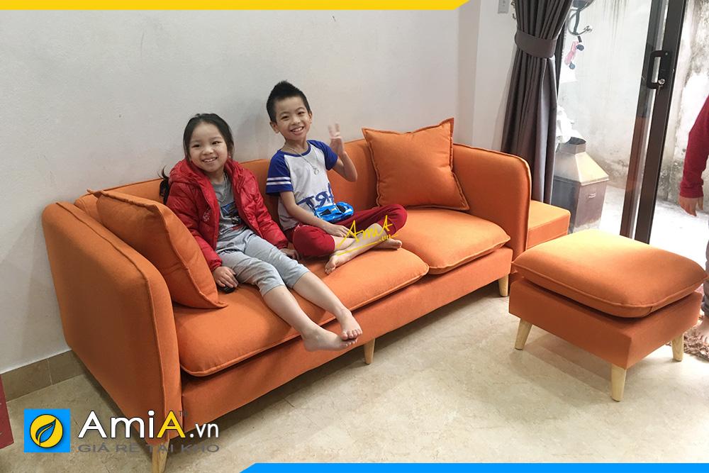 Hình ảnh Mẫu sofa văng nỉ màu cam làm theo yêu cầu 3 chỗ ngồi