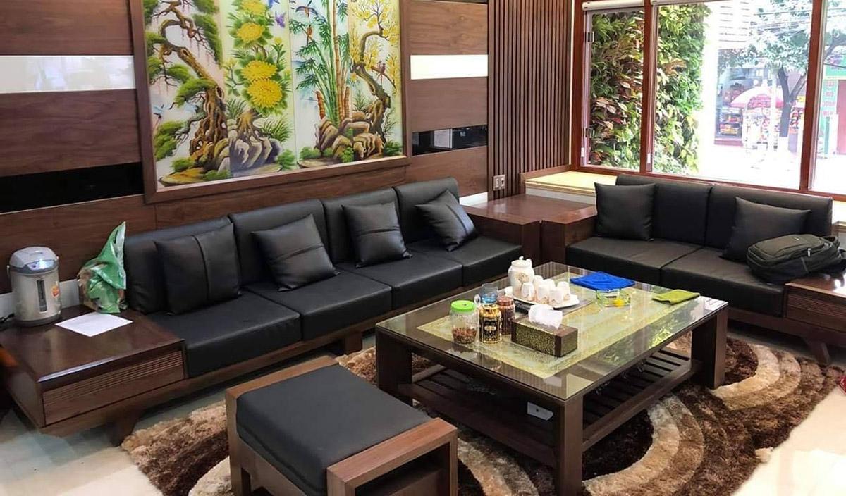 Mẫu sofa gỗ cỡ lớn dài 3m2 cho nhà phố rộng