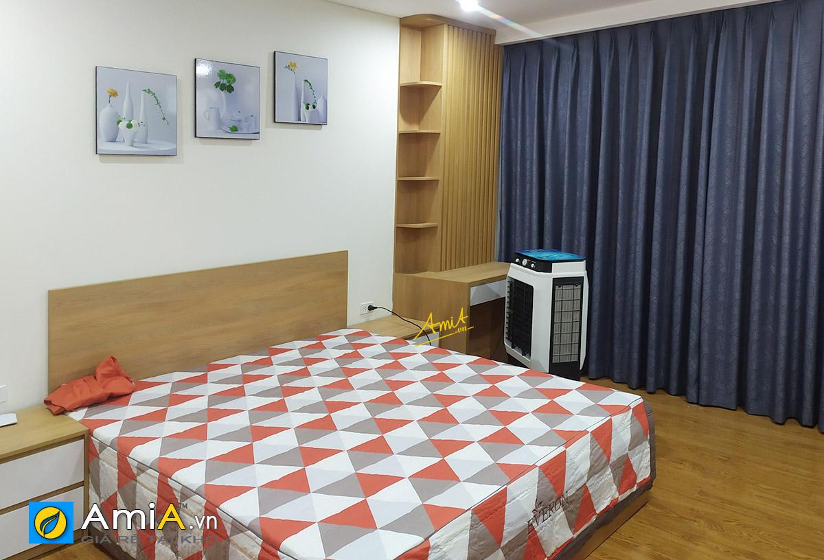 Hình ảnh Bộ bình hoa trang trí tường phòng ngủ mã 1318
