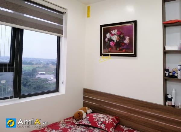Hình ảnh Bức tranh bình hoa treo tường phòng ngủ hiện đại mã BH111