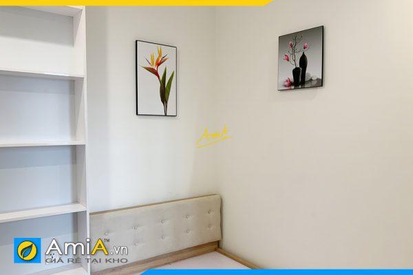 Hình ảnh Tranh bình hoa và hoa trang trí phòng ngủ hiện đại AmiA 1381