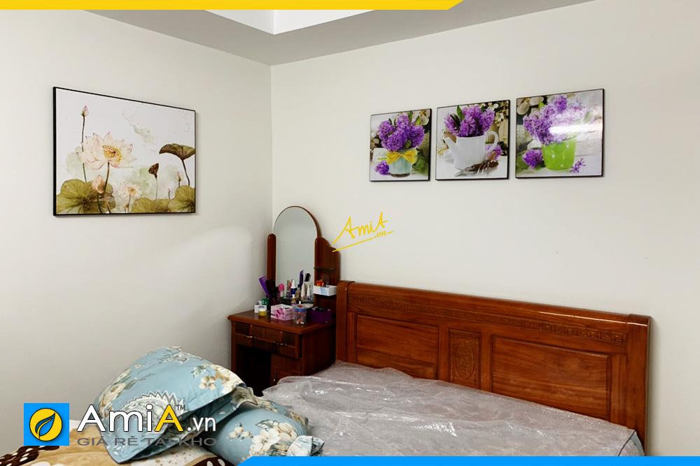Hình ảnh Tranh hoa sen treo tường phòng ngủ đẹp hiện đại AmiA 1727