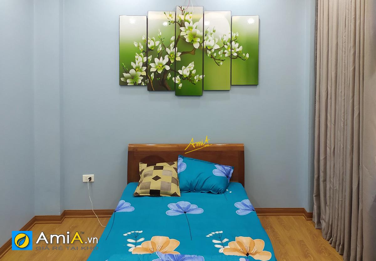 Hình ảnh Tranh hoa trang trí phòng ngủ đẹp hiện đại