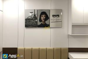 Hình ảnh Tranh phòng ngủ nghệ thuật đẹp tinh tế thiết kế đơn giản