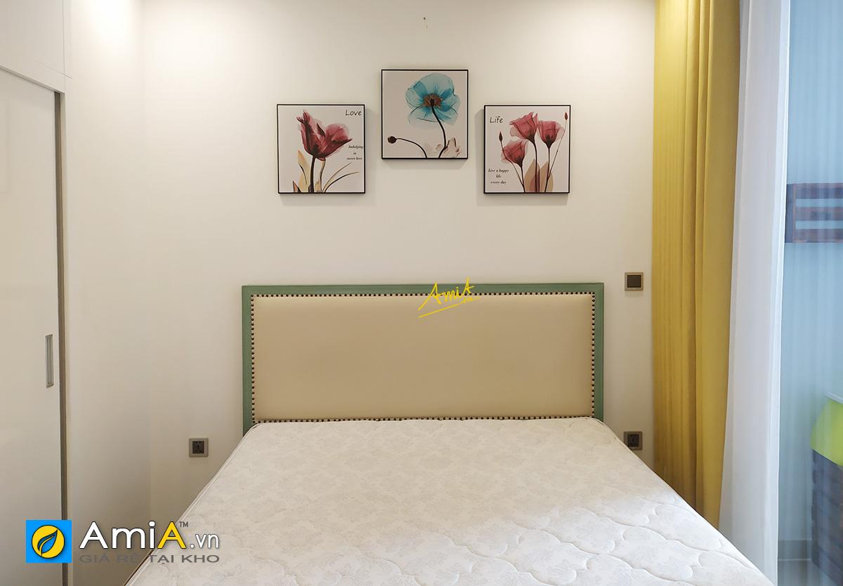 Hình ảnh Tranh treo phòng ngủ đẹp chủ đề hoa trang trí hiện đại