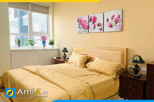 Hình ảnh Tranh treo phòng ngủ đẹp hoa mộc lan 3 tấm AmiA 1423