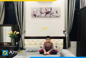 Hình ảnh Tranh treo tường phòng ngủ đẹp nghệ thuật hoa xray AmiA 1140
