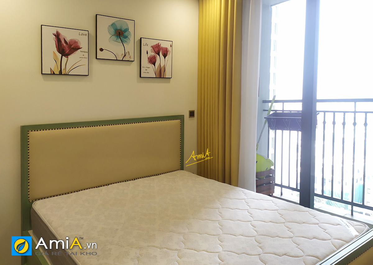 Hình ảnh Tranh treo tường phòng ngủ hoa lá nhẹ nhàng cho nhà chung cư