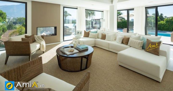 Không gian rộng rãi phù hợp kê sofa góc chữ U