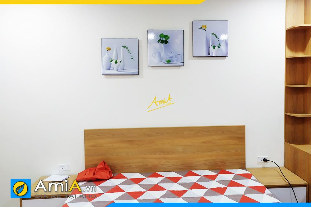 Hình ảnh Tranh treo đầu giường phòng ngủ bộ bình hoa trắng đẹp AmiA 1318