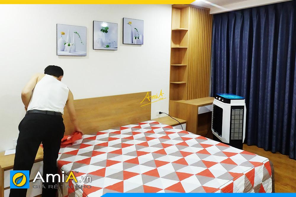Hình ảnh Tranh treo tường phòng ngủ bình hoa sứ trắng đẹp AmiA 1318