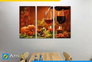 Hình ảnh Bộ tranh rượu vang treo tường bàn ăn đẹp ghép 3 tấm AmiA RV12