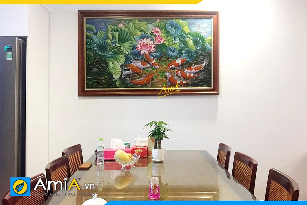 Hình ảnh Mẫu tranh cá chép hoa sen vẽ sơn dầu treo tường bàn ăn AmiA TSD 216