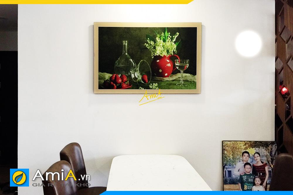 Hình ảnh Tranh treo phòng ăn bình hoa trắng cổ điển và quả AmiA 579